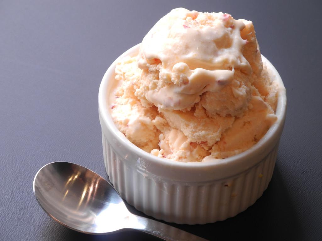 Ginger Peach Ice Cream