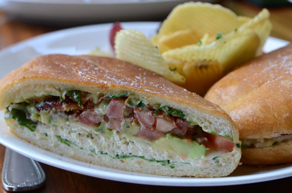 Crab Sandwich Barn Diva