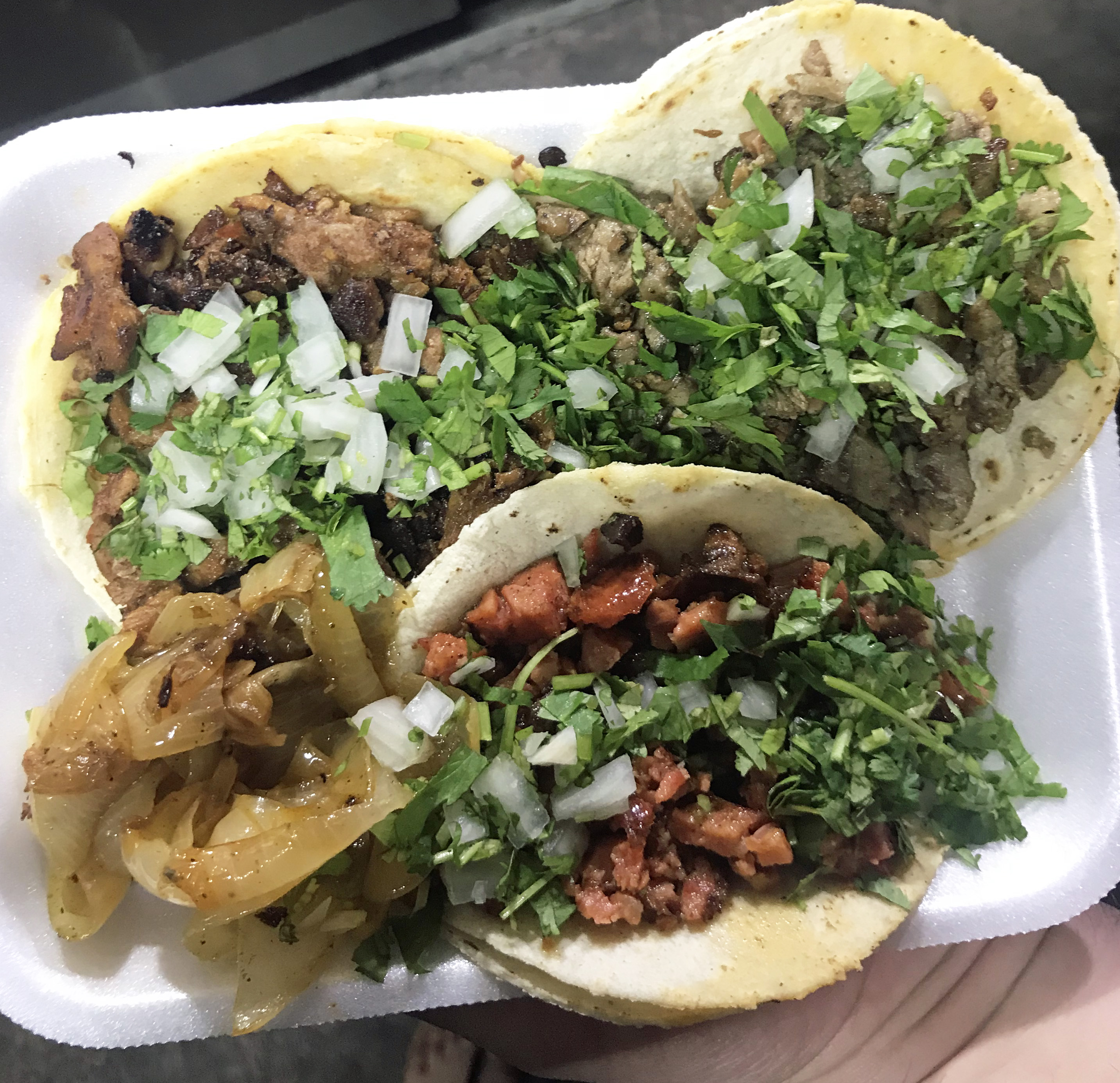What to Eat and Drink in Los Cabos, Mexico- Street Food Tacos Los Cabos